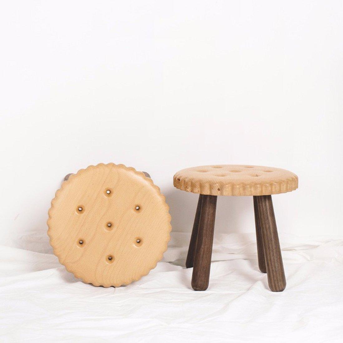 「饼干凳」榉木+黑胡桃木小板凳