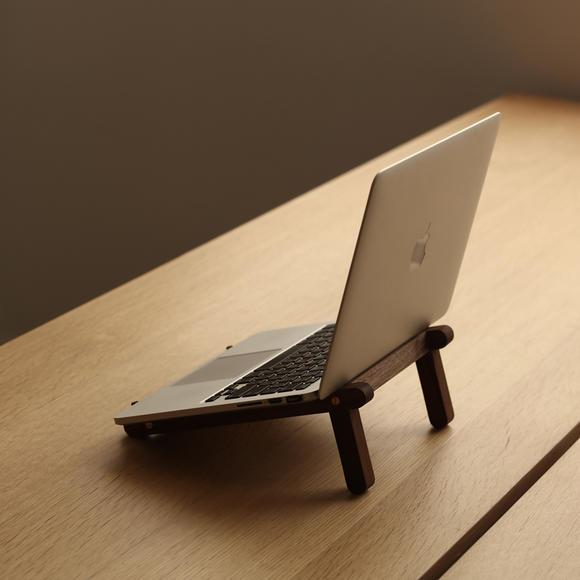 「便携电脑支架」黑胡桃木质电脑支架